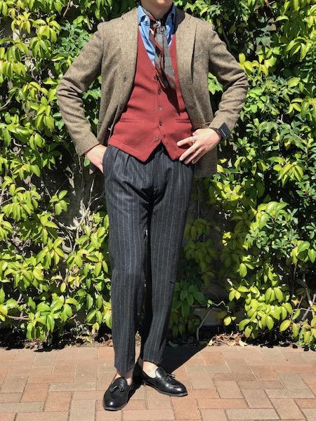 英国とスカーフとボルドーカラー! 【 TAGLIATORE】「MONTECARLO」カラーネップ入りヘリンボーン柄ジャケット!!