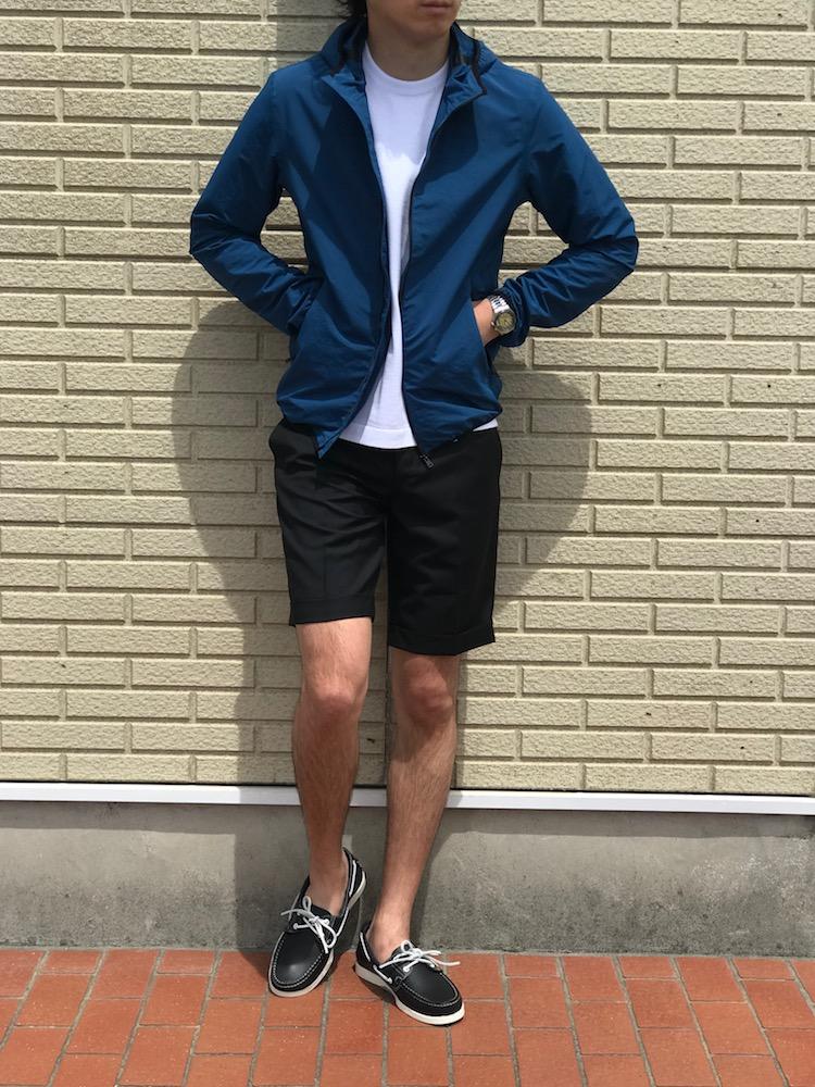 何を着て良いのかわからない大人に!【HERNO】「GI0154U」パイピング入りパーカブルゾン!!