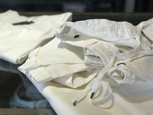 ホワイト! ホワイト!! ホワイト!!! 今季豊作のホワイトパンツを穿いてみた!!